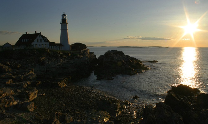 portland head light lighthouse coast maine ocean sunrise photography photo light