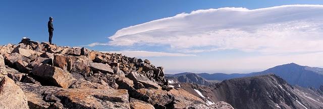 summit castle mountain beartooth absaroka yellowstone peak climb ascent mountaineer