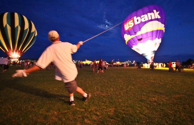 magic city hot air balloon rally night photography action dynamic festival