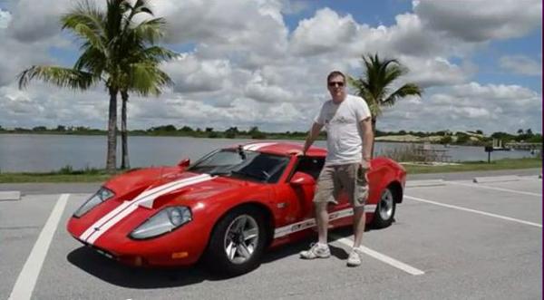 electric sports car Ford GT-40 replica